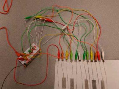 Papa-Robot-juego piano con platanos